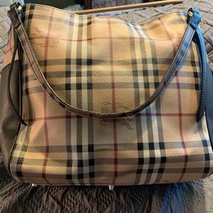 Authentic Burberry purse signature check